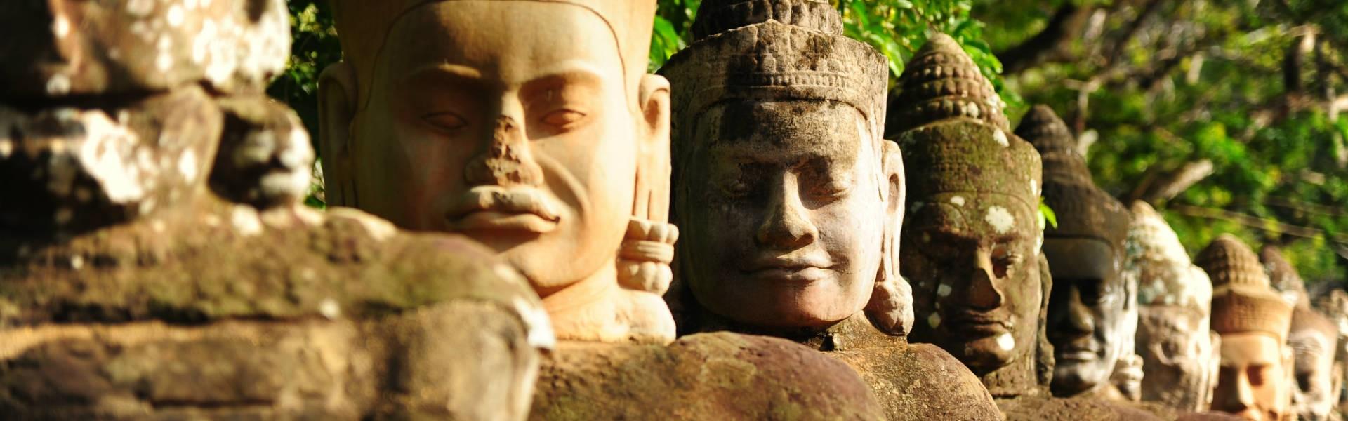 https://teamam.golftripz.com/wp-content/uploads/2017/06/Angkor-Thom-Siem-Reap-Cambodia-600-1920x600.jpg