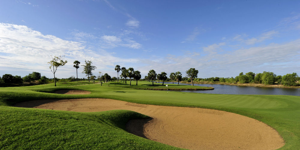 angkor-golf-resort-hole5